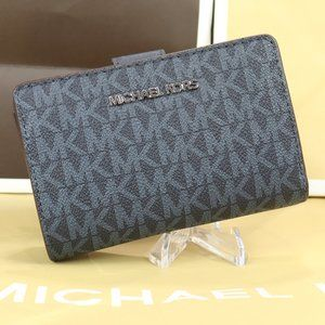 Saffiano PVC Leather Bifold Zip Coin Wallet